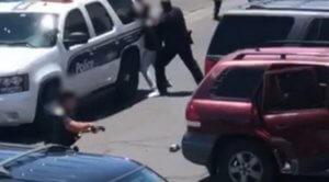 Φοίνιξ: Βίντεο σοκ από τη βίαιη σύλληψη οικογένειας Αφροαμερικανών με μικρά παιδιά!