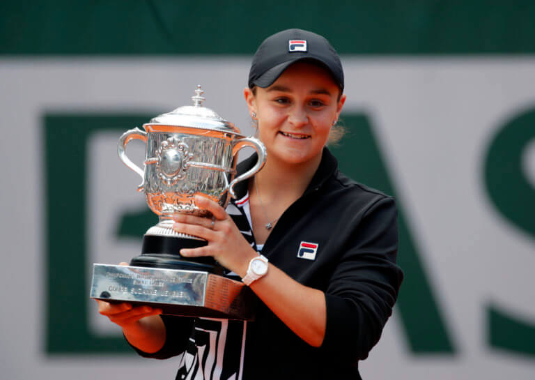 Roland Garros: Μπάρντι, η νέα… Βασίλισσα! Δάκρυα από Βοντρούσοβα