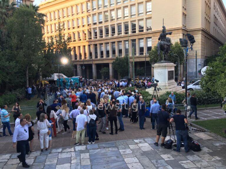 Εκλογές 2019 – Αθήνα: Πανηγυρισμοί στο εκλογικό κέντρο του νέου δημάρχου Κώστα Μπακογιάννη