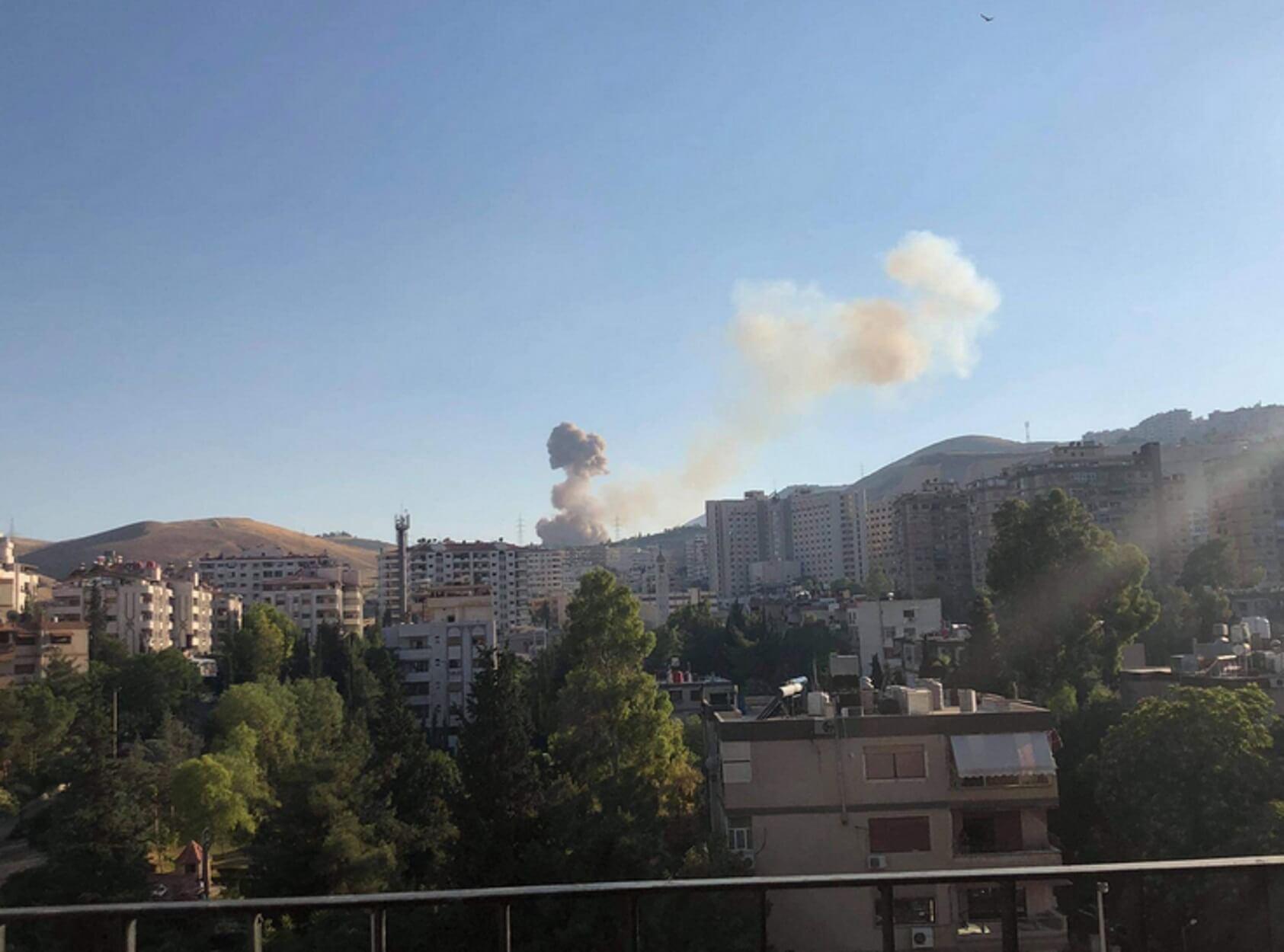 Συρία: Ισχυρότατες εκρήξεις στη Δαμασκό κοντά στο Προεδρικό Μέγαρο του Άσαντ!
