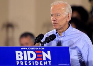 Ο Τζο Μπάιντεν προηγείται για τις προκριματικές των Δημοκρατικών στην Αϊόβα!