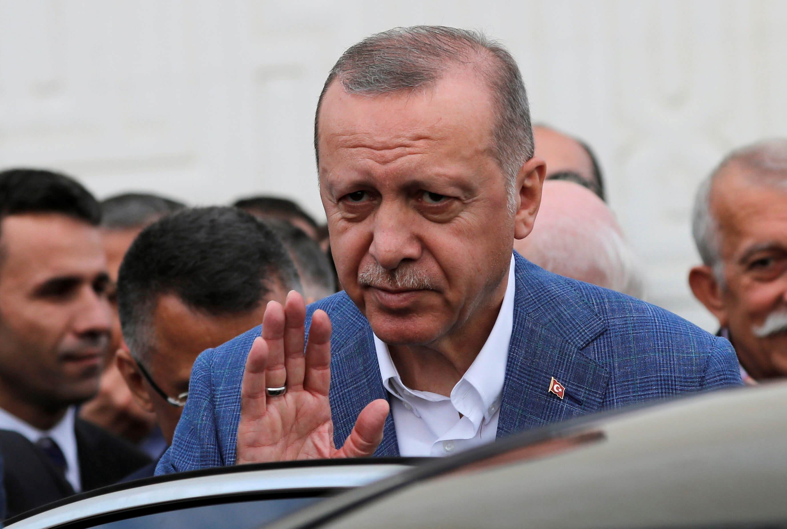 SZ: Γιατί ο Ερντογάν ανακινεί θέμα ονόματος της Κωνσταντινούπολης