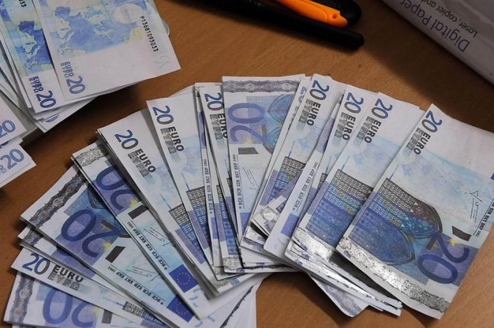 Επιπλέον φόρο 800 ευρώ καλείται να πληρώσει ένας στους τρεις φορολογούμενους