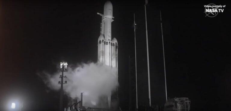 Φλόριντα: Εκτοξεύθηκε ο μέγα – πύραυλος που μεταφέρει 24 δορυφόρους!