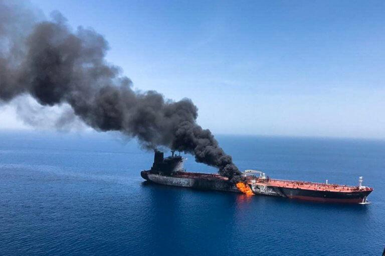 Κόλπος Ομάν: Εκρηκτικός μηχανισμός βρέθηκε στο ένα από τα δύο τάνκερ!