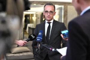 Γερμανία: Σταθερά υπέρ των ενταξιακών διαπραγματεύσεων με Β. Μακεδονία και Αλβανία