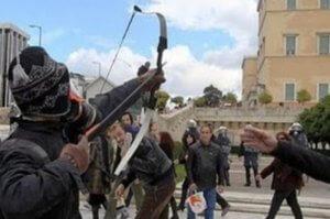 Συναγερμός στην ΕΛ.ΑΣ.: Απέδρασε από τις φυλακές Τίρυνθας ο «Τοξοβόλος του Συντάγματος»
