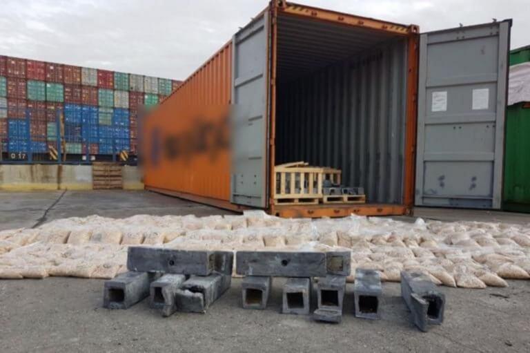 Εκατομμύρια χάπια «captagon» για τζιχαντιστές σε κοντέινερ στο λιμάνι του Πειραιά!