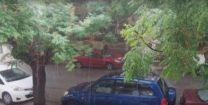 Θεσσαλονίκη: Καταιγίδα με βροχές και χαλάζι – Video