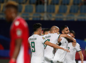 Copa Africa: Άνετη νίκη με Μαχρέζ για την Αλγερία – video