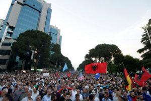 Αλβανία: Τελικά… Δημοτικές εκλογές ή όχι; «Βαθαίνει» η κρίση και η αβεβαιότητα