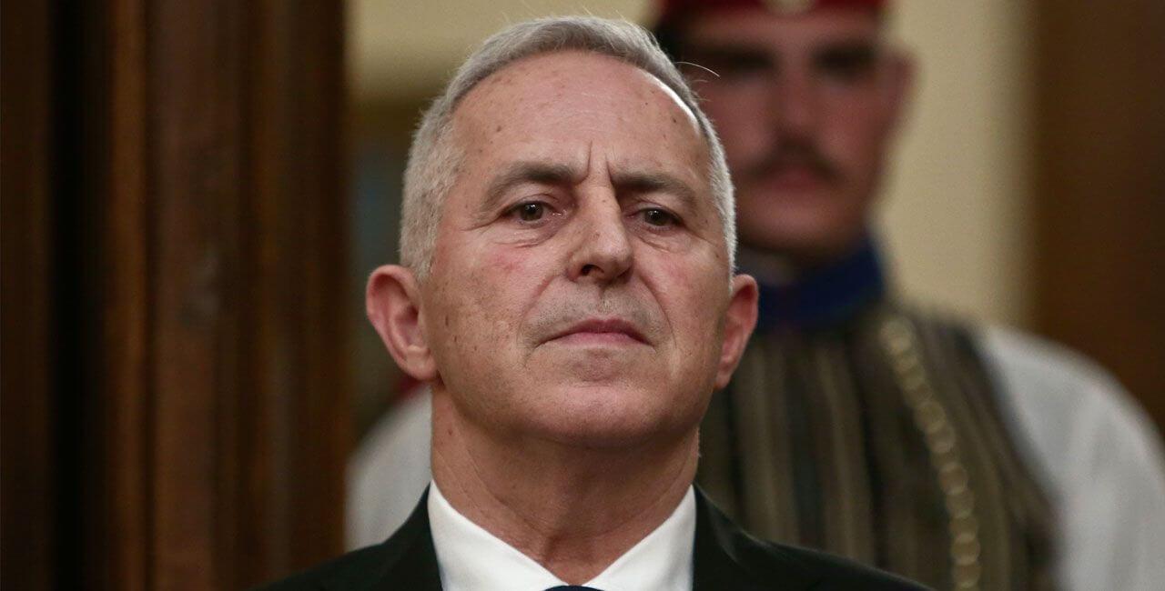Αποστολάκης: Καμία μυστική διπλωματία, προβλεπόμενη διαδικασία ο έλεγχος του ελικοπτέρου των «8»
