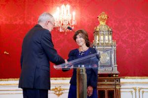Αυστρία: Αυτή είναι η πρώτη γυναίκα καγκελάριος [pics]