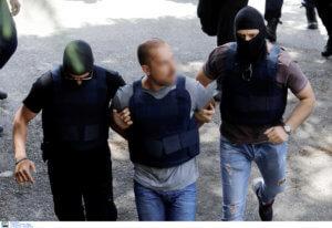 Σακκάς – Δημητράκης: Το μήνυμά τους από τα κρατητήρια μετά τη ληστεία στο ΑΧΕΠΑ