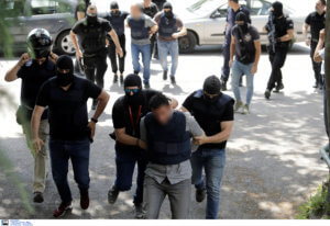 «Καθαρά» τα όπλα των δύο ληστών στο ΑΧΕΠΑ της Θεσσαλονίκης