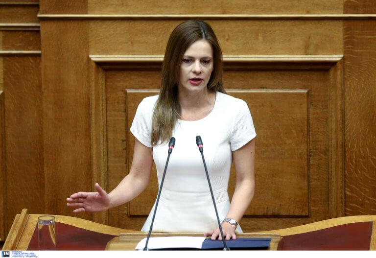 """Εκλογές 2019 – Αχτσιόγλου: Το """"Μακεδονικό"""" εκθέτει ανεπανόρθωτα τη ΝΔ"""