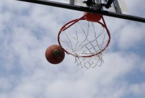 Ηλεία: Θρήνος για 19χρονο στα Λεχαινά – Έπαιζε μπάσκετ και πέθανε