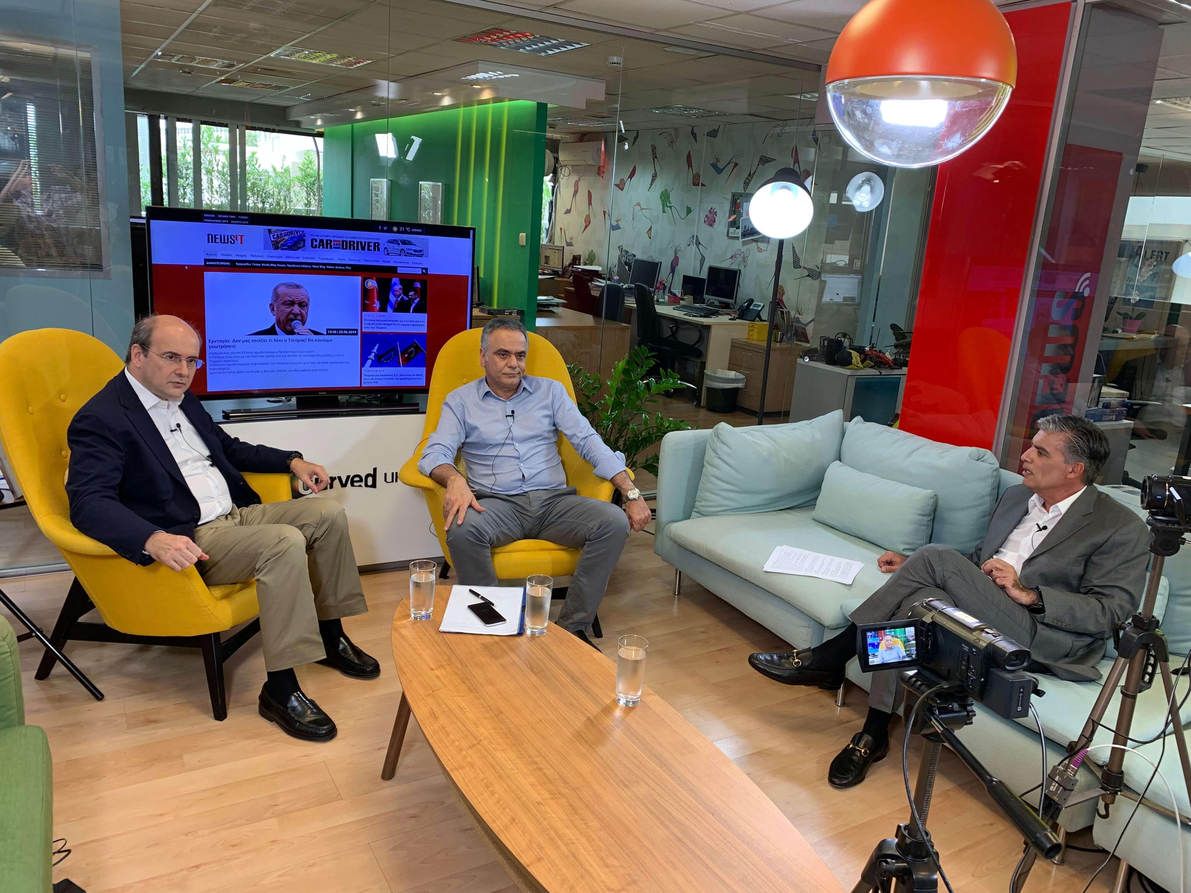 Debate στο newsit.gr: Πάνος Σκουρλέτης εναντίον Κωστή Χατζηδάκη
