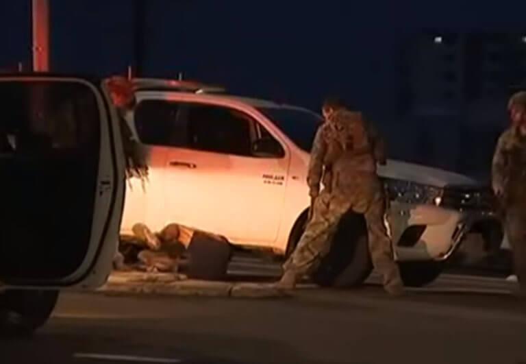 Ντάργουιν: 4 νεκροί και μία τραυματίας από πυροβολισμούς – Η στιγμή της σύλληψης του δράστη – video