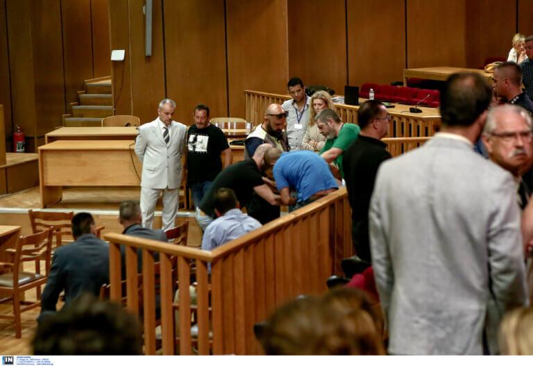 Δίκη Χρυσής Αυγής: Κατέρρευσε ο Γιώργος Πατέλης μέσα στην αίθουσα
