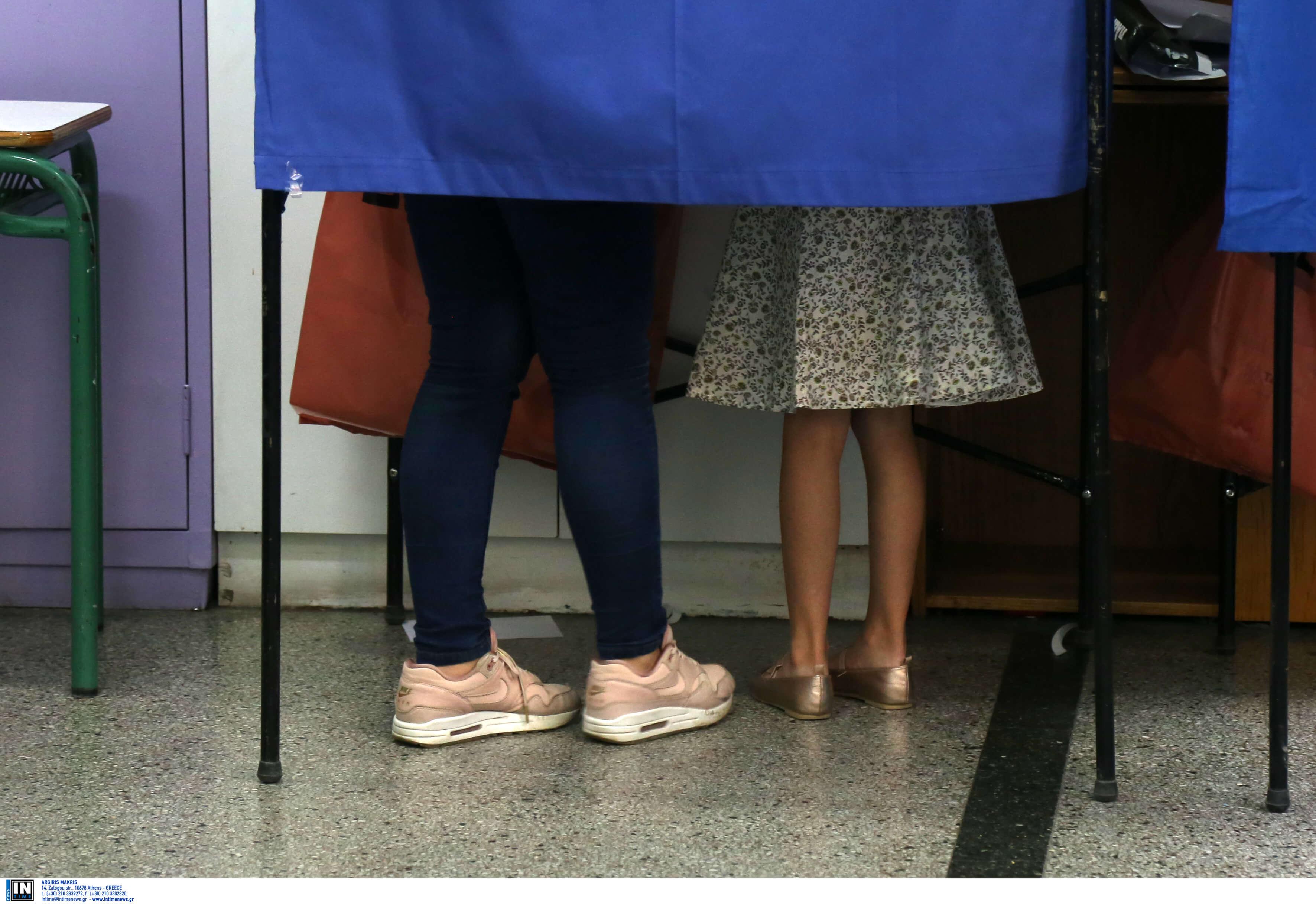 Εκλογές 2019: Χαμός στο Ηράκλειο – Πλακώθηκαν για την ψήφο του παππού και έφτασε η αστυνομία!