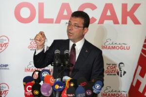 """Ιμάμογλου: """"Ευχαριστώ"""" στους Έλληνες και αυστηρό μήνυμα στον Ερντογάν"""