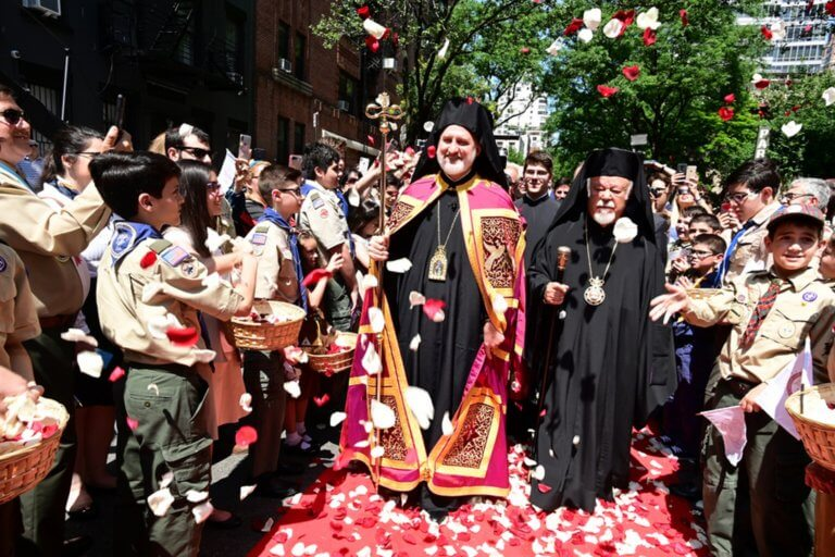Με λαμπρότητα η τελετή ενθρόνισης του νέου Αρχιεπισκόπου Αμερικής Ελπιδοφόρου