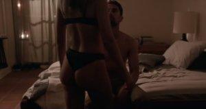 Έμιλι Ραταϊκόφσκι: «Καυτή» και… κλέφτρα στη νέα της ταινία! video