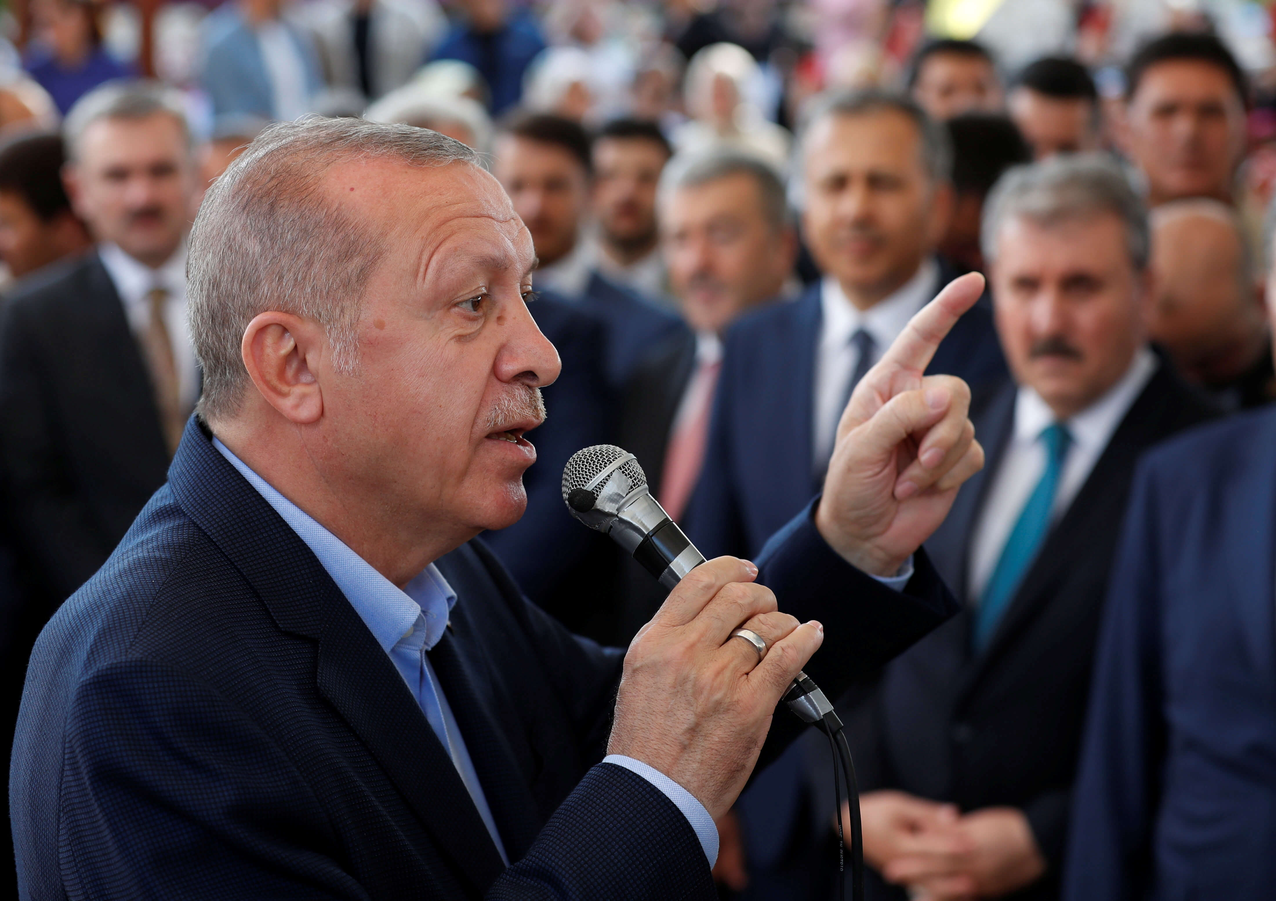 """Εκλογές Κωνσταντινούπολη: """"Πόλεμος"""" Ερντογάν στην ελληνική μειονότητα μέσω Ιμάμογλου"""