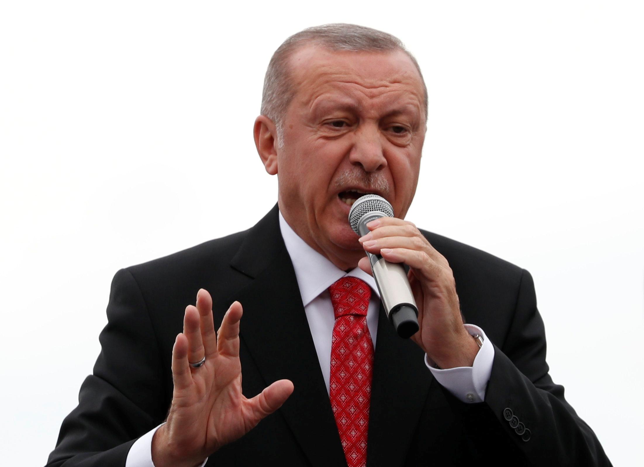 """Βοσνία: Έτοιμοι να σταλούν… """"πακέτο"""" στον Ερντογάν Τούρκοι που μένουν στην χώρα"""