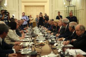 Εθνικό Συμβούλιο Εξωτερικής Πολιτικής: Αιχμές από Λοβέρδο για την άνευ αντικειμένου σύγκλησή του