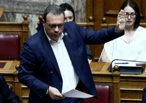 Βουλή: Ο Φάμελλος «παγώνει» όλες τις βουλευτικές τροπολογίες