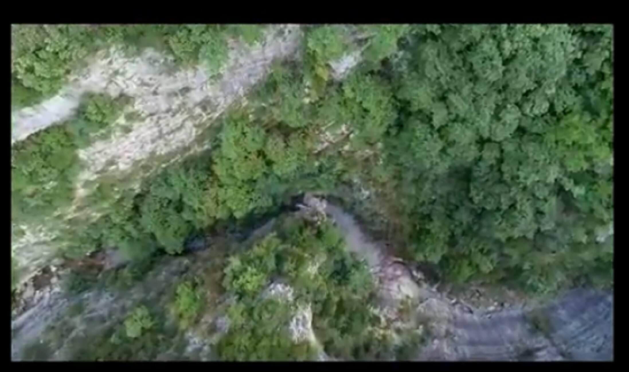 Πιερία: Καρέ καρέ η διάσωση τουριστών στο φαράγγι του Ενιπέα – video