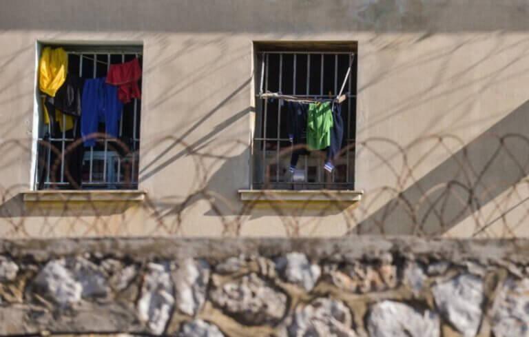 """Άρχισε να """"τρέχει"""" το πρόγραμμα για τη βελτίωση των υπηρεσιών υγείας στις φυλακές"""