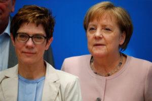 Τρέχουν και δεν φτάνουν στο Βερολίνο – Από μια κλωστή κρέμεται η κυβέρνηση