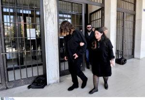 Βαγγέλης Γιακουμάκης: Κατέρρευσε στη δίκη η έγκυος συμφοιτήτρια του!