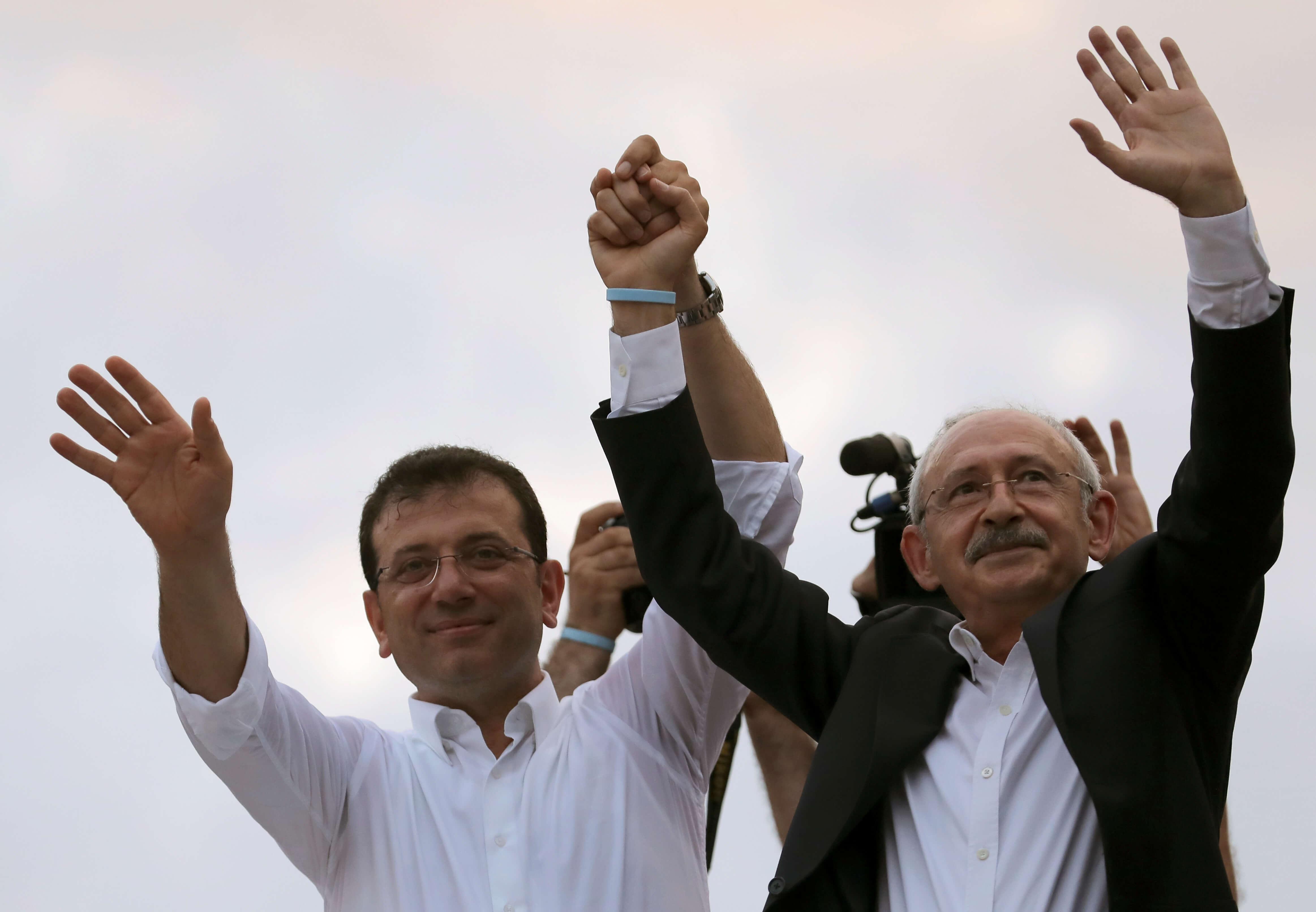 Τουρκία: Η αντιπολίτευση «ενώνει τις δυνάμεις» της για να «ρίξει» τον Ερντογάν
