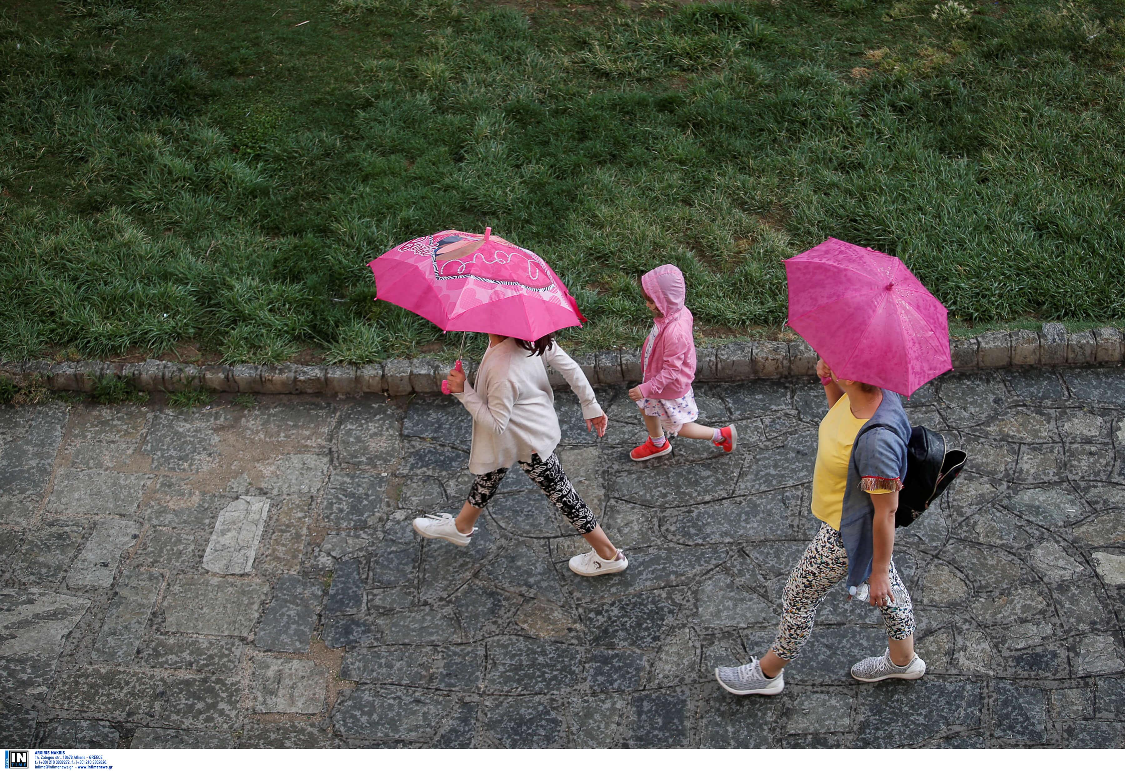 Καιρός σήμερα: Μια ωραία ατμόσφαιρα! Ζέστη και πάλι με βροχές και καταιγίδες