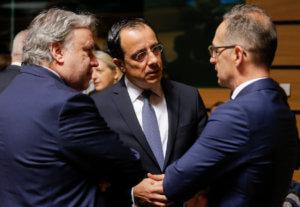 Έντονο παρασκήνιο για την «απάντηση» στην Τουρκία – Απειλεί με βέτο η Κύπρος