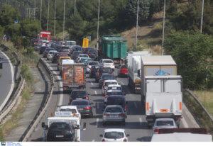 Δεκαπενταύγουστος – Κυκλοφοριακές ρυθμίσεις: Τι ισχύει στις εθνικές οδούς για τα φορτηγά