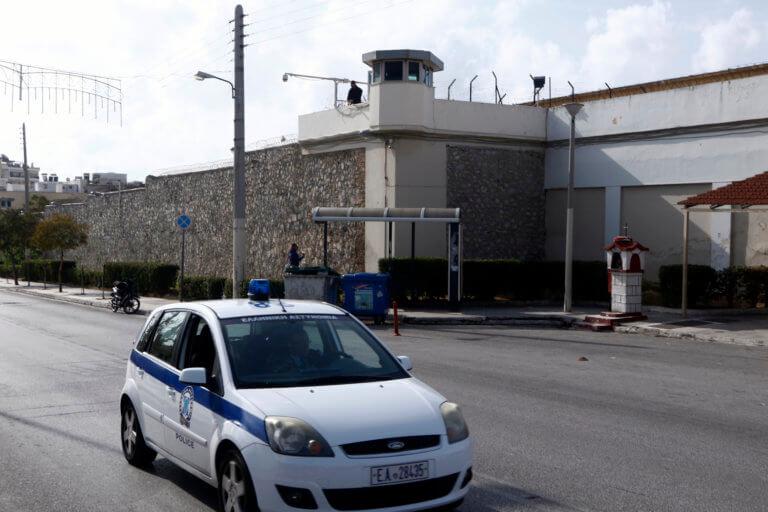 Άγρια συμπλοκή κρατουμένων στις φυλακές Κορυδαλλού με τραυματίες