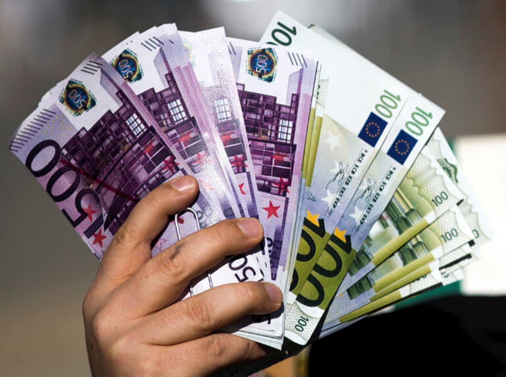 Αυτή η εταιρεία έδωσε μπόνους 2.500 ευρώ σε κάθε εργαζόμενο της