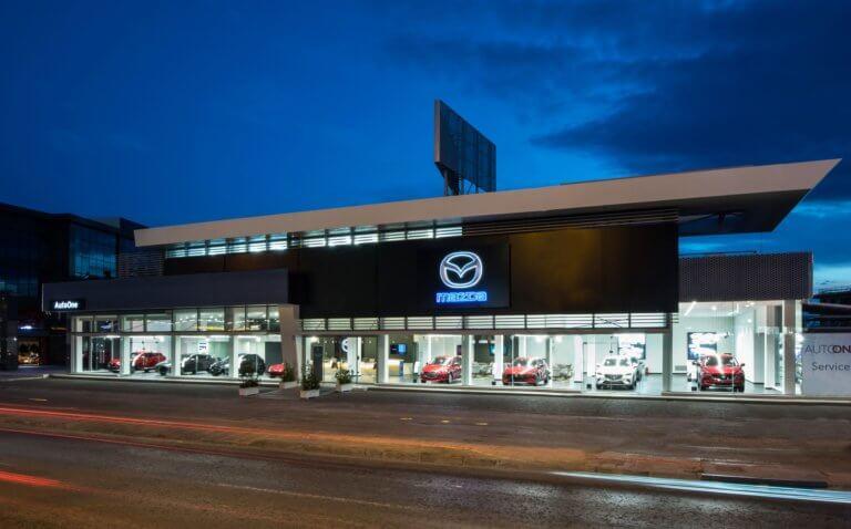 Αυτό είναι το πρώτο κατάστημα της Mazda Ελλάδα