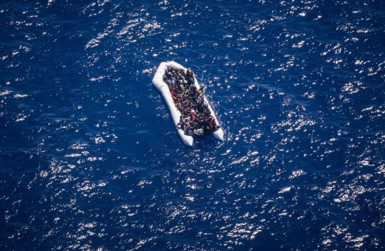 Τουρκία: Τουλάχιστον 40 νεκροί από τη βύθιση πλοιάριου με μετανάστες στην λίμνη Βαν