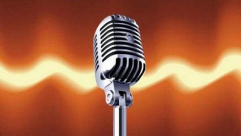 Γνωστή Ελληνίδα τραγουδίστρια αποκαλύπτει τις… ζήλιες του συζύγου της! «Ερχόταν κάθε βράδυ…»
