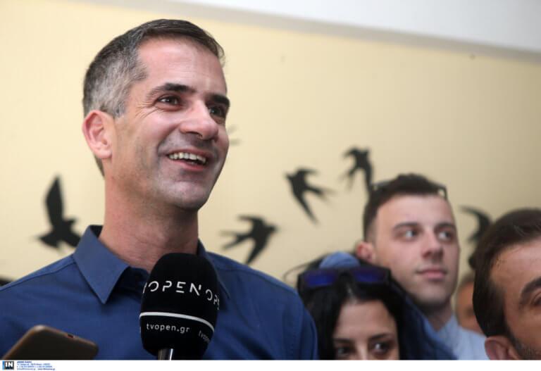 Χανιά: Επίσκεψη Κώστα Μπακογιάννη στο δημαρχείο – «Να πάρουμε αποφάσεις και να δώσουμε λύσεις»!