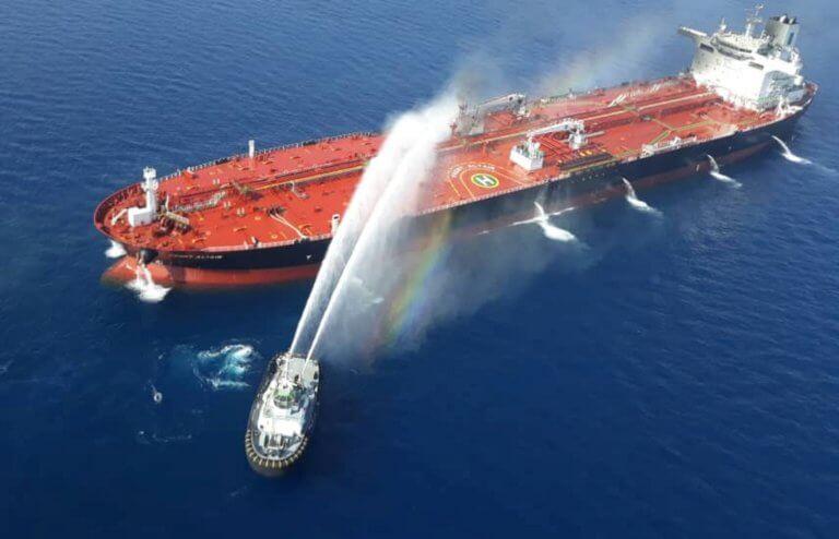 Κόλπος Ομάν: Θρίλερ με τις επιθέσεις στα δύο τάνκερ – Άλμα στις τιμές του πετρελαίου!