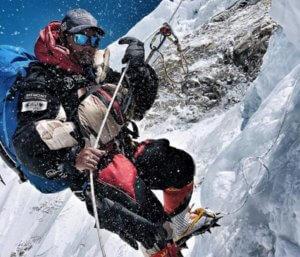 Ιμαλάια: Αγνοούνται 8 ορειβάτες στην κορυφή του κόσμου – Φόβοι ότι τους χτύπησε χιονοστιβάδα!