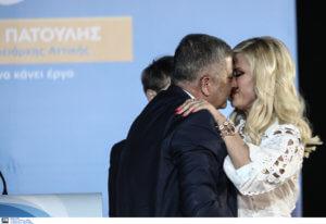 Γιώργος Πατούλης: Γλέντησε τη νίκη με φιλιά στη Μαρίνα του και… γενέθλια