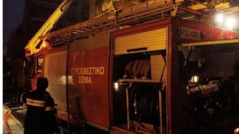 Φωτιά σε σπίτι στην Μεταμόρφωση! Αγωνία για ηλικιωμένο